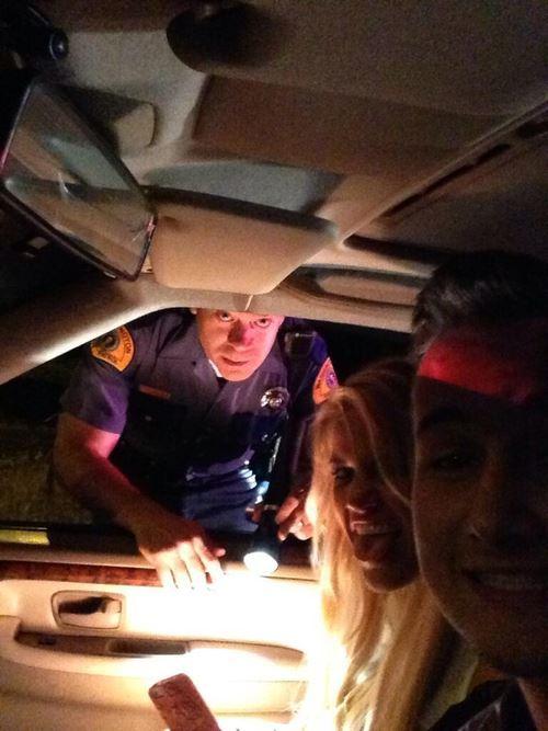 Joignez-vous à nous Monsieur le policier !