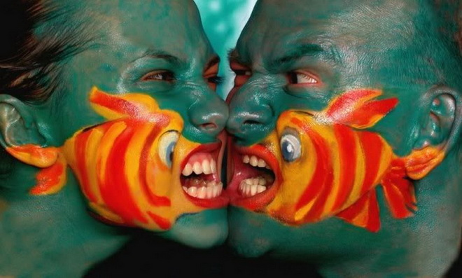 body-painting poisson clown